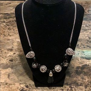 Jewelry - Beautiful silver and black beaded necklace.